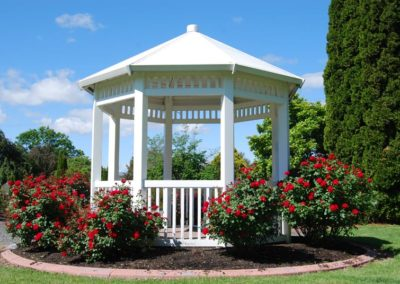 weddings_rose_garden_gazebo